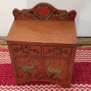 Hand Made Accents - Handmade Doll Furniture Painted Llamas on Front